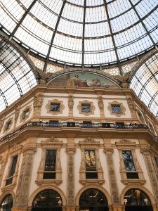 Galleria_Vittorio_Emanuele_II_Milan_vandermeerkat_1